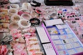 摆地摊卖饰品技巧,引爆销售的几个绝招